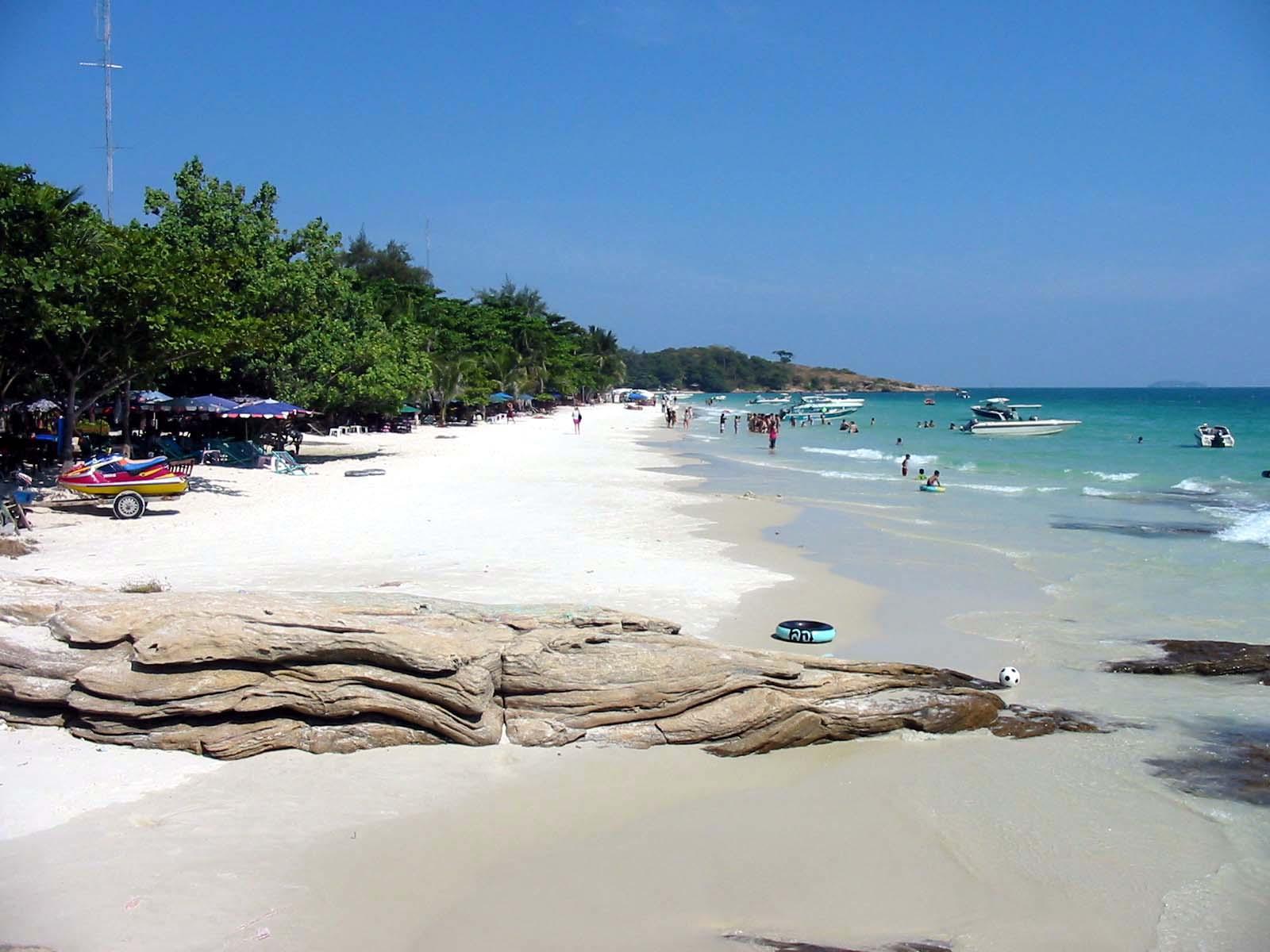 Strand van Koh Samet een van de Koh eilanden van Thailand